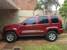Jeep 2006 automático diésel 4x4