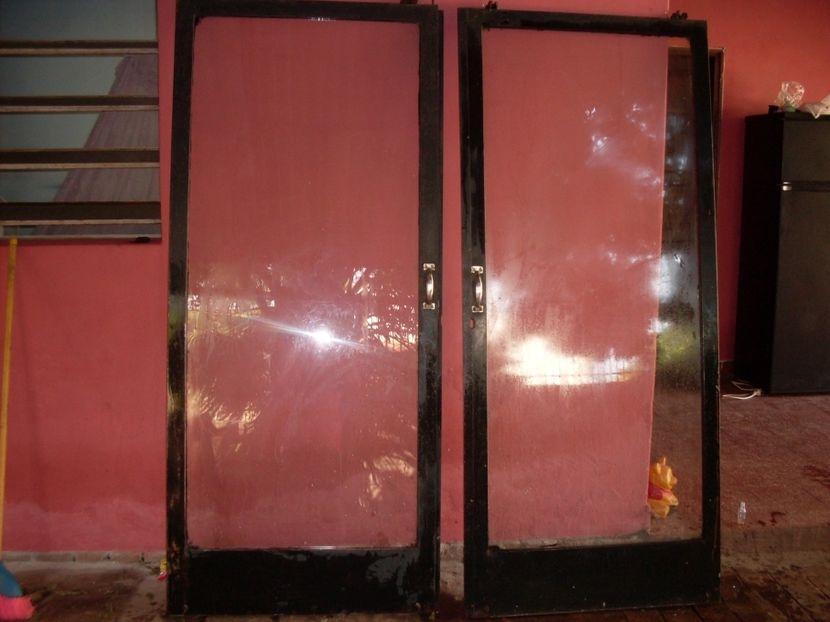 Puertas corredizas tipo vitrina doble hoja
